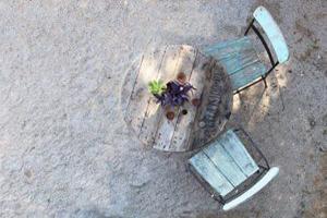 הזדמנות שנייה לגינה: 7 רעיונות לעיצוב הגינה מחומרים ממוחזרים